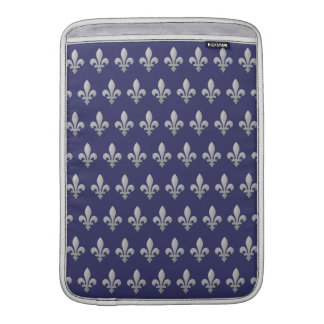 Aire azul floral de Macbook de la flor de lis de p Fundas Para Macbook Air