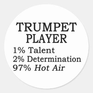 Aire caliente del jugador de trompeta pegatina redonda