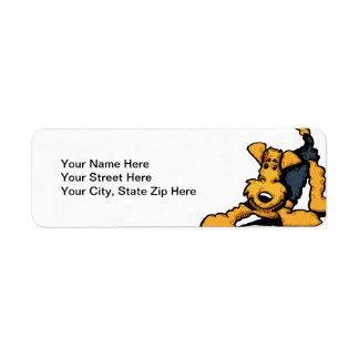 Airedale en el juego etiqueta de remite