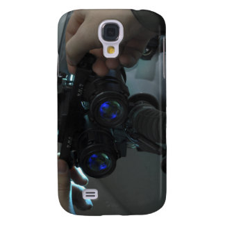 Airman adjusts the eyespan samsung galaxy s4 cover