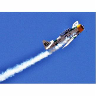 Airshows acepilla humo de las alas de los infantes fotoescultura vertical