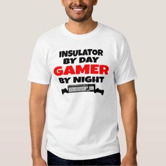 Aislador del videojugador camisas