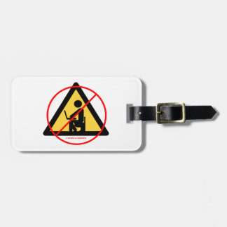 Aislamiento del ordenador (humor rojo del friki de etiquetas maleta