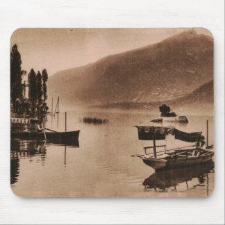 AIX-LES-BAINS - Le Lac du Bourget Mouse Pad