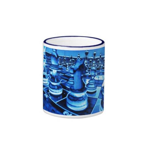 Ajedrez del hielo taza a dos colores