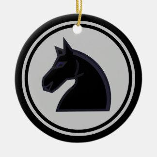 Ajedrez negro del caballero del caballo ornamento de reyes magos