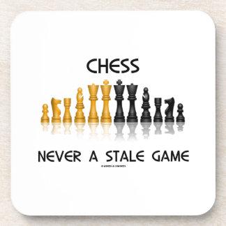 Ajedrez nunca un juego añejo (juego de ajedrez posavasos