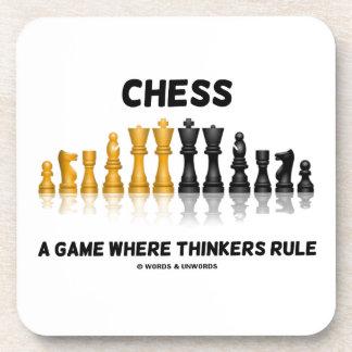 Ajedrez un juego donde los pensadores gobiernan e posavaso