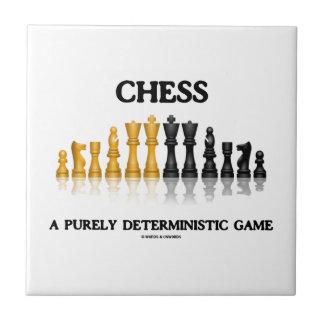 Ajedrez un juego puramente determinista (sistema r azulejo cuadrado pequeño