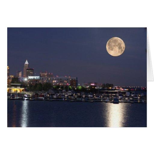 Ajuste estupendo de la luna en Cleveland, Ohio Tarjeta De Felicitación