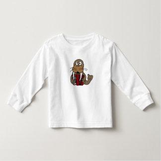 AK- morsa que juega la camisa del acordeón