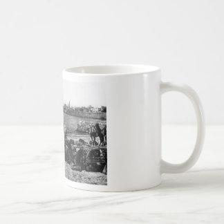 Akka - camels, ca. 1920 mug