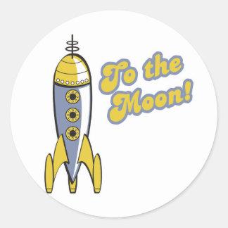 al cohete de espacio retro de la luna pegatinas redondas