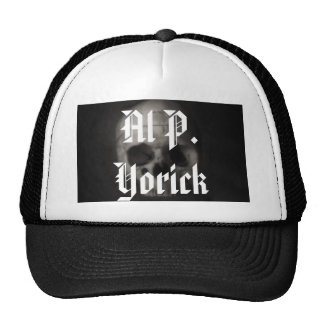 Al P. Yorick Gorras