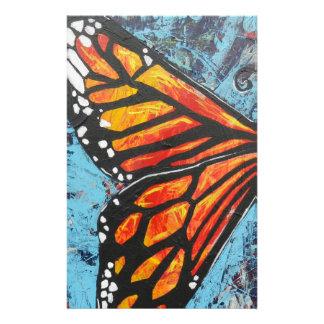 Ala de la mariposa de monarca de las creaciones de papeleria de diseño