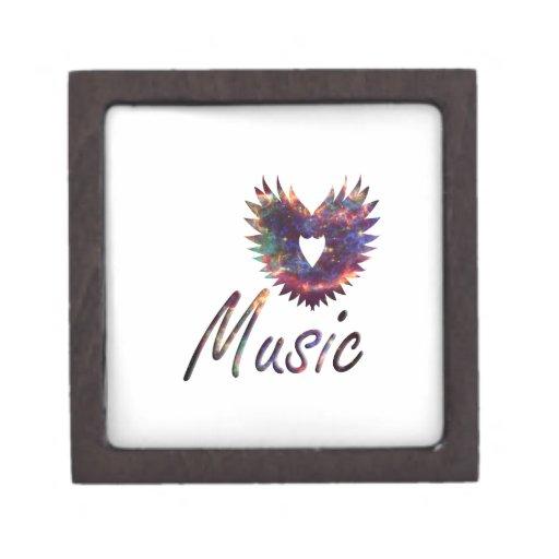 Ala del corazón de la música debajo de la nebulosa caja de joyas de calidad