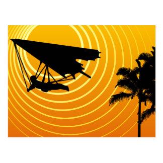 ala delta de la escena del sol tarjeta postal