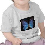Alas azules iridiscentes de la mariposa camiseta