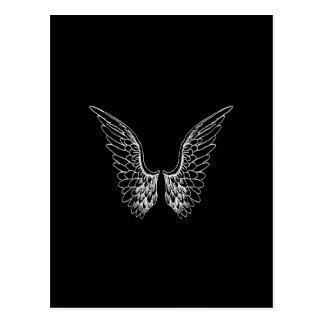 Alas blancas del ángel en fondo negro tarjeta postal
