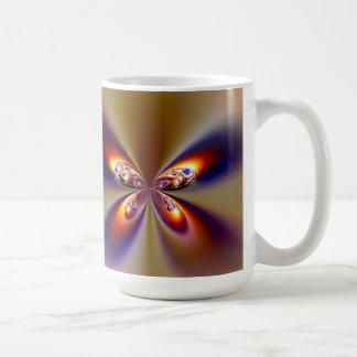 Alas bonitas de la mariposa taza