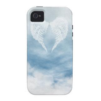 Alas del ángel en cielo azul nublado iPhone 4/4S carcasa