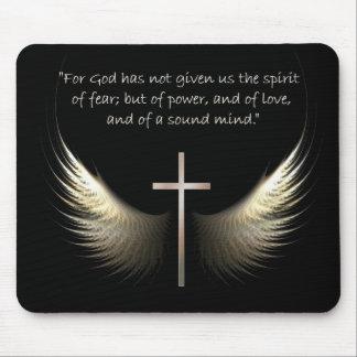 Alas del Espíritu Santo con verso de la cruz y de Alfombrilla De Ratón