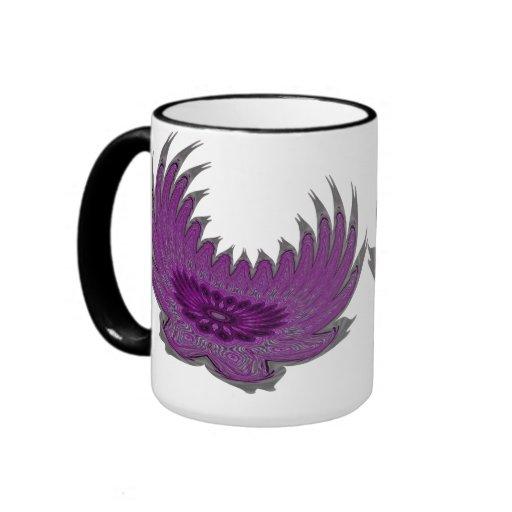 Alas florecientes púrpuras taza de dos colores