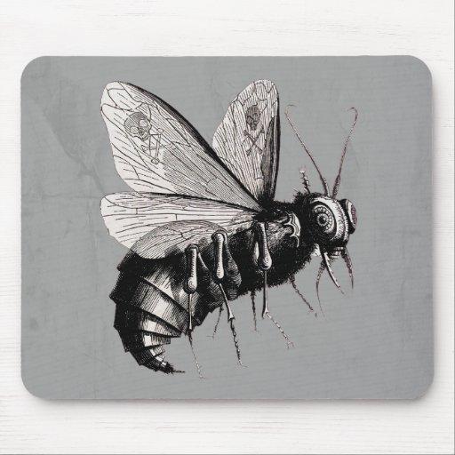 Alas góticas del cráneo de la abeja mouse pad