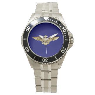 Alas navales del aviador reloj de mano