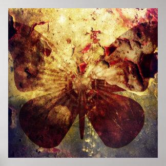 Alas rústicas bonitas de la mariposa del Grunge Póster