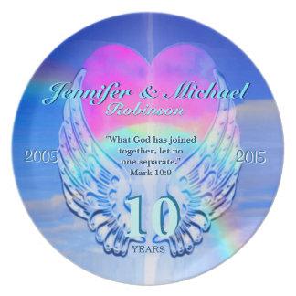 Alas y corazón del ángel del arco iris plato de cena