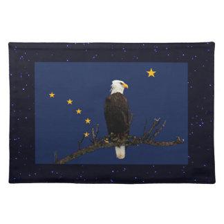 Alaska Eagle y bandera Manteles Individuales