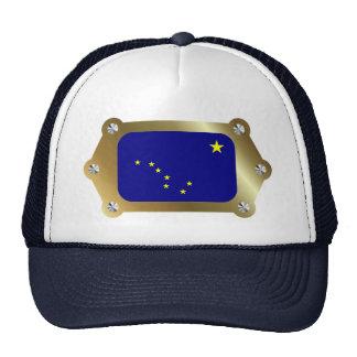 Alaska enmarcó el gorra de la bandera