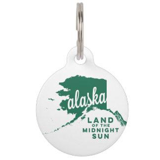 alaska   land of the midnight sun    green pet name tag