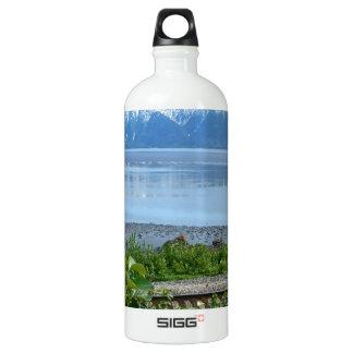 Alaska Mountain along Turnagain Arm SIGG Traveler 1.0L Water Bottle