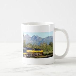 Alaska Railroad locomotive engine & mountains Mug