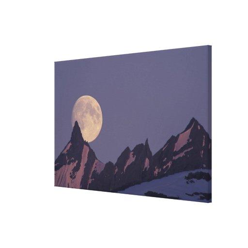 Alaska, subidas de la Luna Llena de las montañas d Impresiones En Lona Estiradas