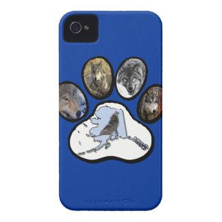 Alaska Wolf Paw Blackberry Bold Case
