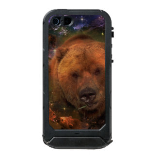 Alaskan Bear with Cubs Waterproof iPhone SE/5/5s Case