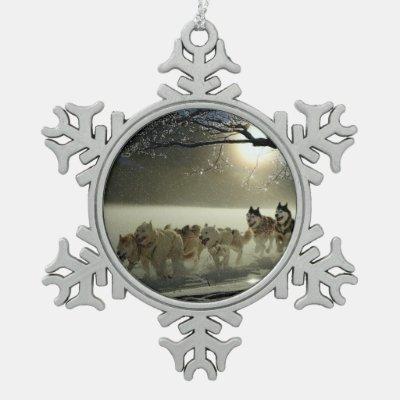 Alaskan Husky Dog Sled Race Snowflake Pewter Christmas Ornament