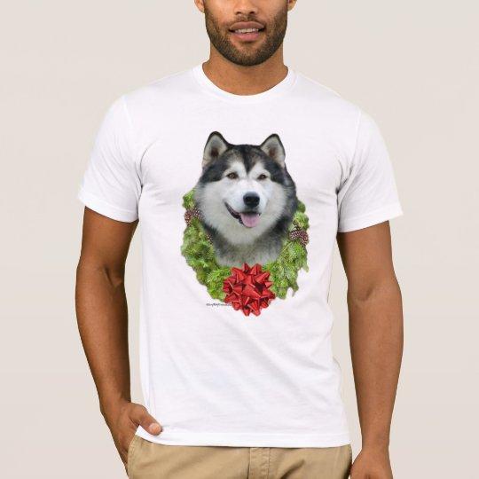 Alaskan Malamute Wreath T-Shirt