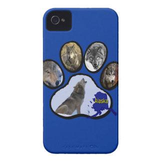 Alaskan Wolf Paw Print Blackberry Bold Cover