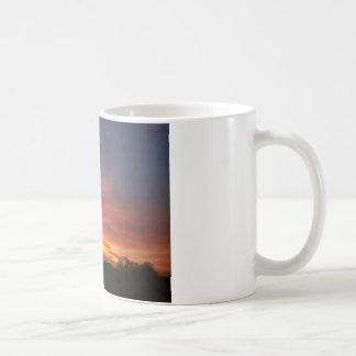 Alba en el otoño, alba en el otoño/ taza de café