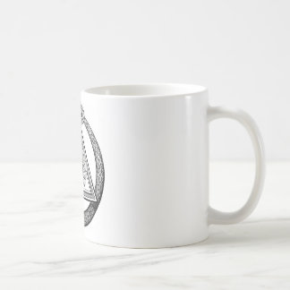 Albañil de la serpiente del triángulo taza básica blanca