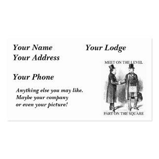 Albañiles que encuentran la tarjeta del nombre o d tarjetas de visita