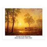 Albert Bierstadt - puesta del sol en la montaña Tarjeta Postal