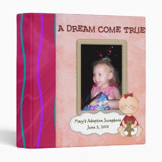 álbum de foto del libro de recuerdos de la adopció