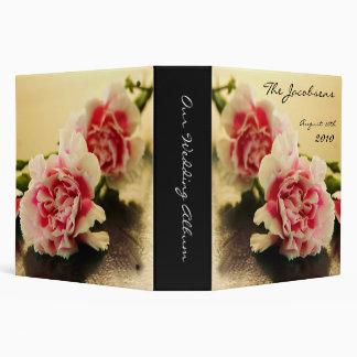 Álbum de foto rosado hermoso del boda del clavel