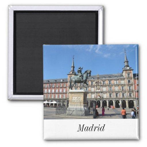 Alcalde de la plaza, imán de Madrid