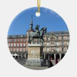Alcalde de la plaza, ornamento de Madrid Adorno Navideño Redondo De Cerámica